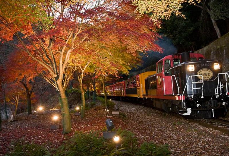 紅葉2017!京都ライトアップスポット人気の嵐山エリア!